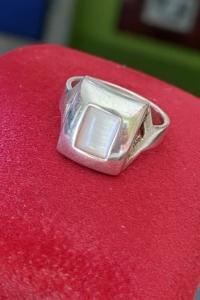 Art-deco stílusú ezüst gyűrű gyöngyház díszítéssel